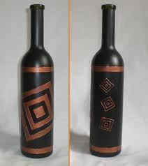 Две чёрные бутылки